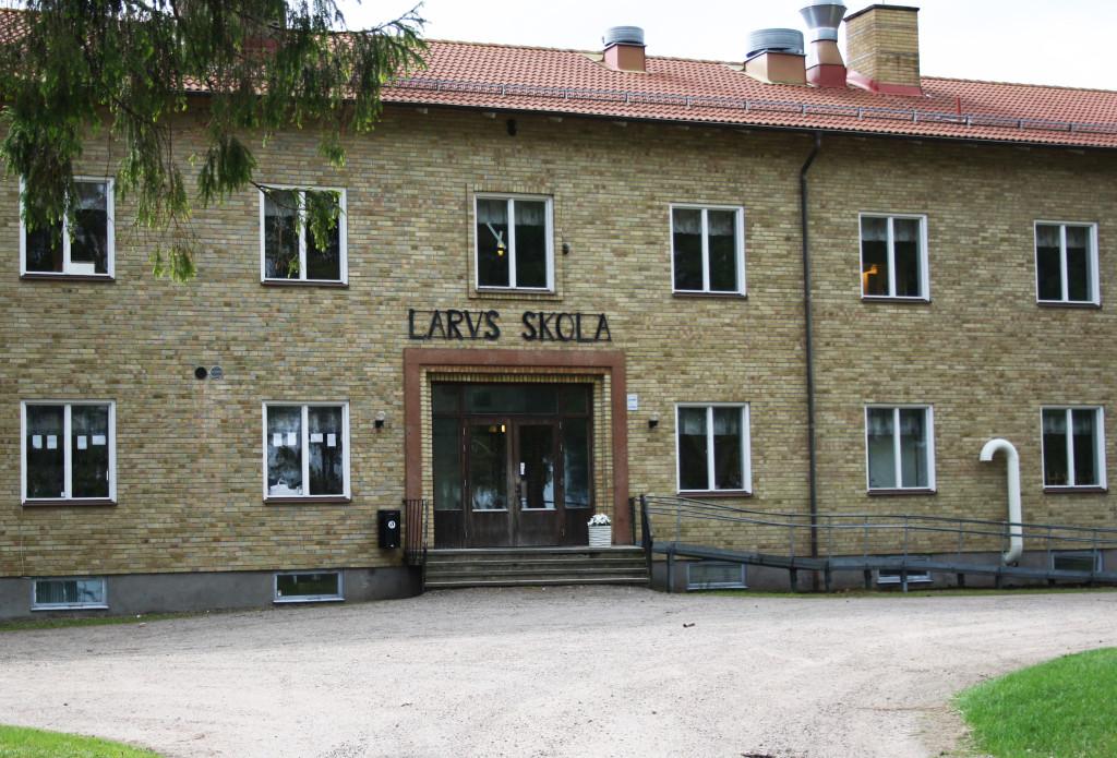 Bilden visar Larv skola.