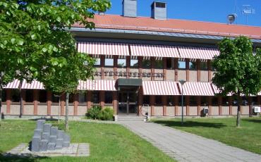 Bilden visar Nästegårdsskolan i Kvänum.