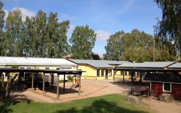Bilden visar förskolan i Tråvad.