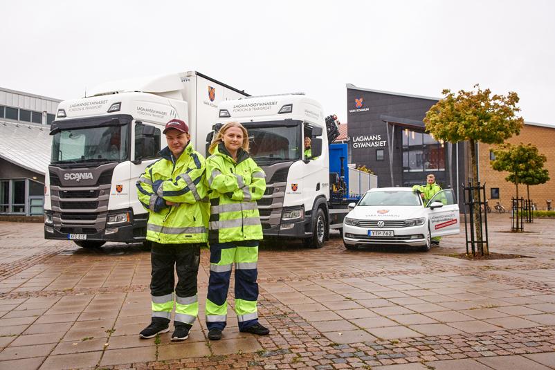 Elever och fordon från Fordon- och transportprogrammet Lagman