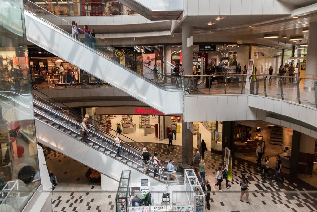 Bilden föreställer ett köpcentrum