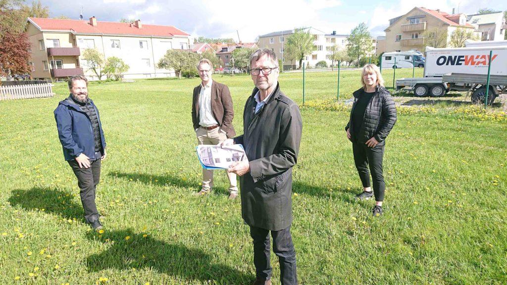 Vara Bostäders vd Jan-Erik Wallin tillsammans med Herman Bynke, Lars Gezelius och Heidi Hansen.